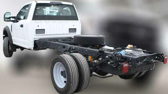 Ford F-450 image 10