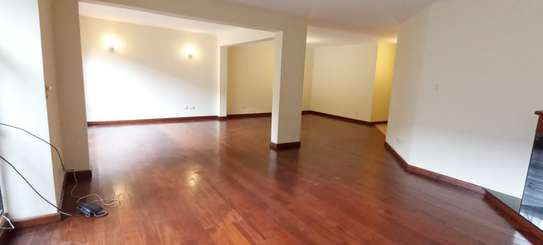 5 bedroom townhouse for rent in Brookside image 3