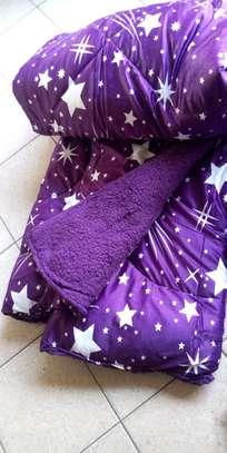 Woolen duvet - Mitumba image 4