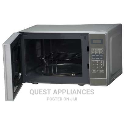 Mika Microwave Oven, 20L, With Grill, Digital Control Panel image 2