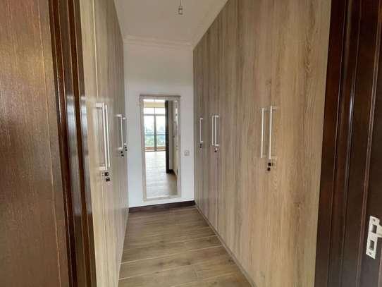 4 bedroom apartment for rent in General Mathenge image 15