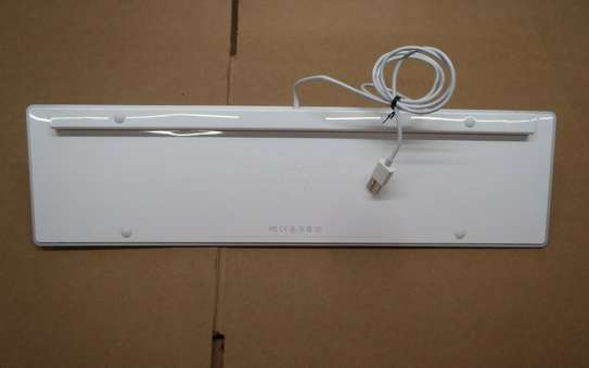 Apple A1243 Wired USB Slim Aluminum Full Size Computer Keyboard White image 3
