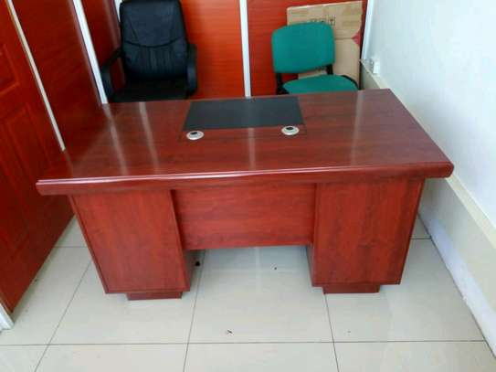 1.4m Executive office desk image 1