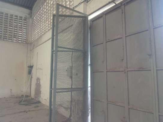 780 m² warehouse for rent in Kikambala image 2
