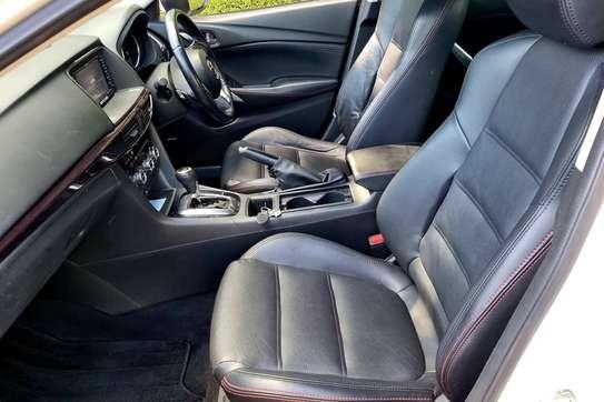 Mazda Atenza image 3