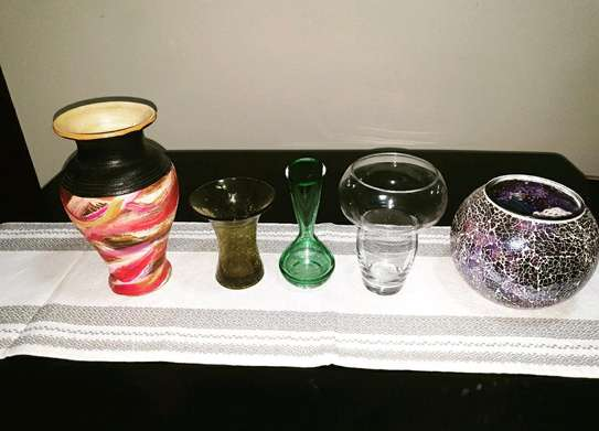Vases and storage bottles image 1