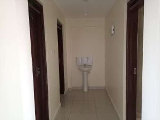 2 bedroom apartment for rent in Ruaka image 5