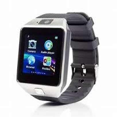 Touchscreen smartwatch image 1