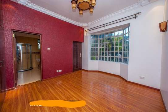 6 bedroom townhouse for rent in Nyari image 9