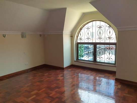 5 bedroom townhouse for rent in Kileleshwa image 6