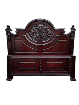 Mahogany Bed ,5 by 6 .Free Delivery & Assembly  !!! Pay on delivery!!! image 2