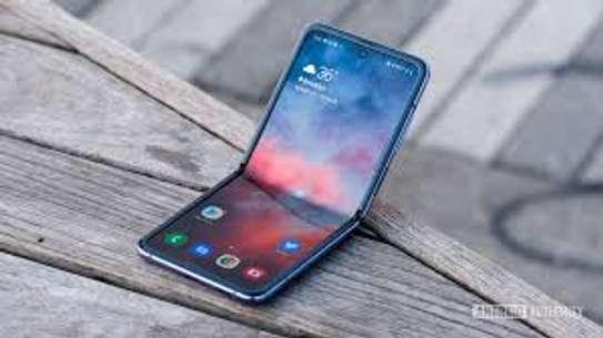 Samsung Galaxy Z Flip 8GB /256GB /Android 10 /6.7″/3300mAh, image 2