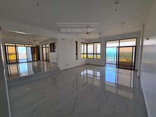 4 bedroom apartment for sale in Nyali Area image 17