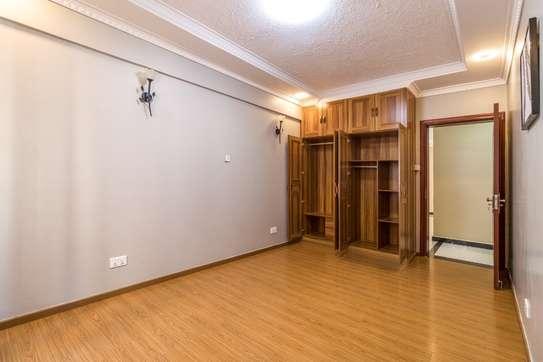 Furnished 4 bedroom apartment for rent in Kilimani image 8