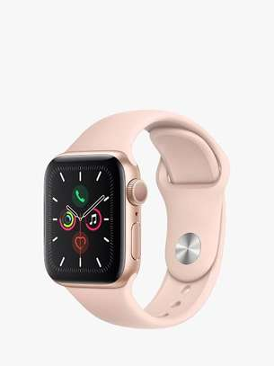 Apple watch series 5 image 3