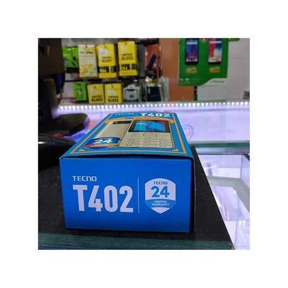 Tecno T402 3 SIM feature phone image 3