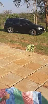 Mitsubishi Outlander image 5