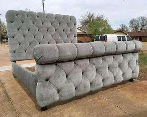 Queen size beds for sale in Nairobi Kenya/Modern beds for sale in Nairobi Kenya image 1