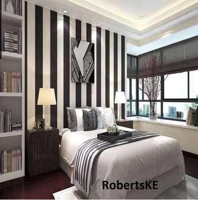 Black and white Wallpaper image 2