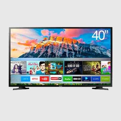 Samsung 40″ FHD Smart TV – 40T5300 (2020) image 1