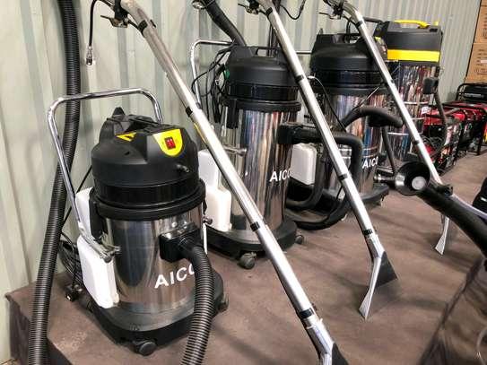 Carpet/vacuum  cleaners image 1