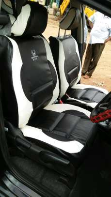 Well blended colours car seat covers image 1