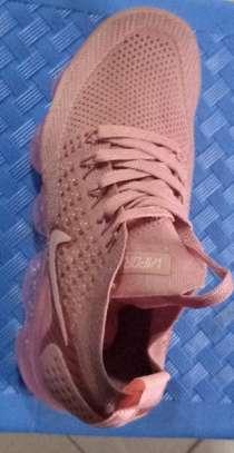 Air vapor Nike image 1