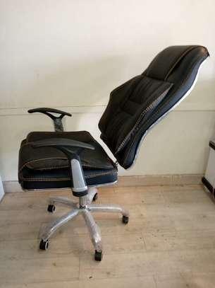 Executive Swivel Seat-Highback image 1