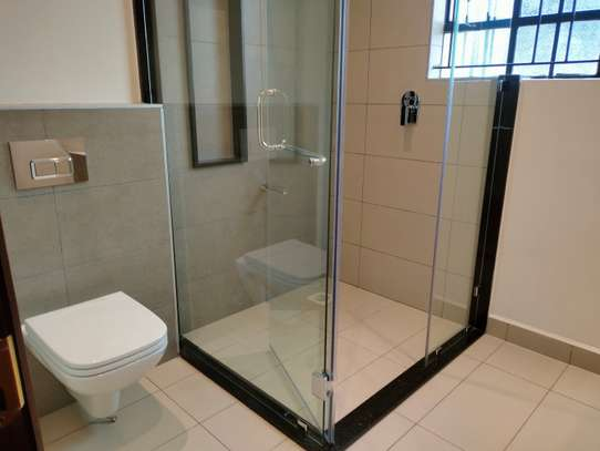 commercial property for rent in Westlands Area image 11