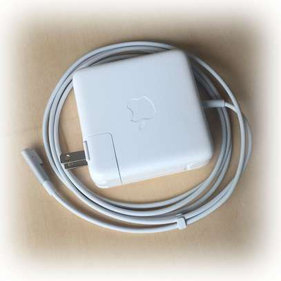 'L' Type 60W Original Adapter Charger A1343 for Apple MacBook Pro image 1