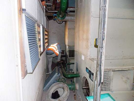 Air-Conditioning service|Best Aircon Repair,Installation & Aircon Gas Top Up. Service Guaranteed. image 5