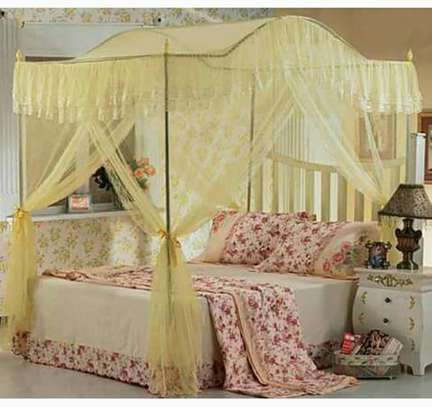 Curved Canopy Mosquito Net image 2