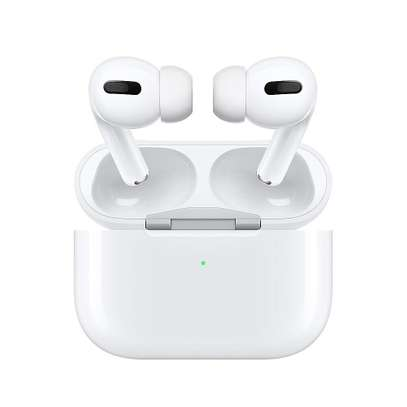 Apple AirPods Pro with Wireless Charging Case image 6