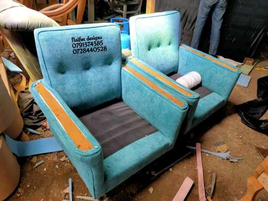 Single seater sofas image 1