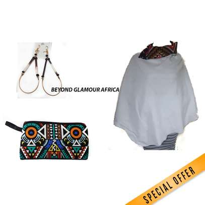 Pouch + poncho + Earrings combo image 3
