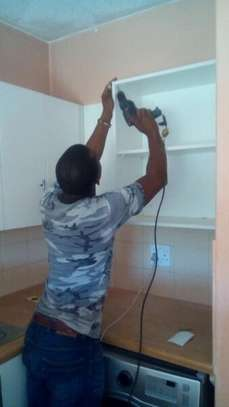AFFORDABLE CARPENTERS .Trusted and Reliable Fundis. image 9