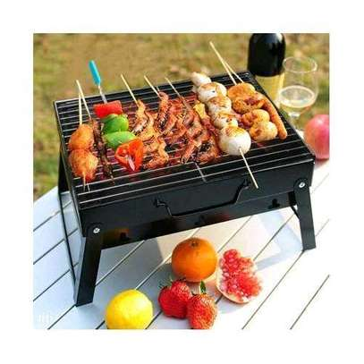 charcoal barbecue grill image 1