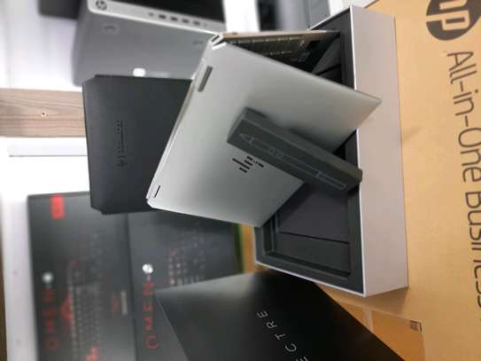 Hp Spectre convertible 13 intel corei7 16gbram..1tbssd. image 3