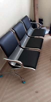 Linked chair
