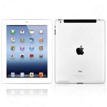 iPad 2 9.7 inch image 1