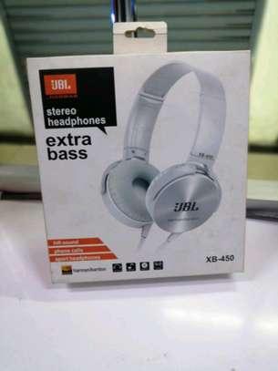 JBL headphones image 1