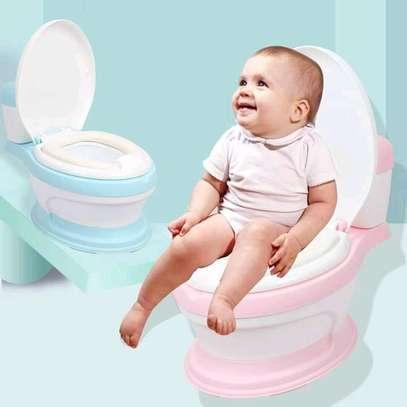Baby potty trainer image 2