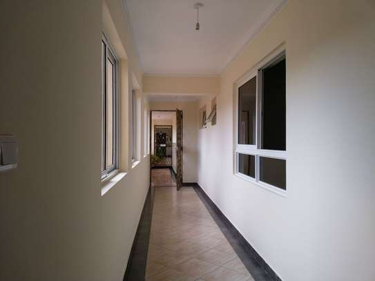 3 bedroom apartment for rent in Kyuna image 4