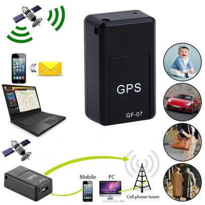 Mini GPS Real Time Car Locator Magnetic GSM/GPRS Tracker