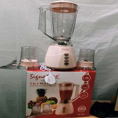 Signature 3 in 1 1.5 Litres Blender with Grinder and Chopper image 3