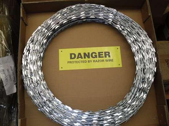 Razor Wire 10m (450mm) image 1