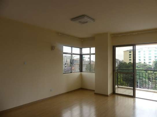 3 bedroom apartment for rent in Kilimani image 6