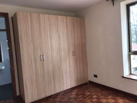 2 bedroom apartment for rent in Kileleshwa image 13