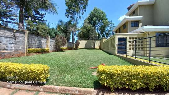 5 bedroom townhouse for rent in Lavington image 19