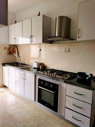 Two bedrooms apartment fully furnished kilimani for rent image 5